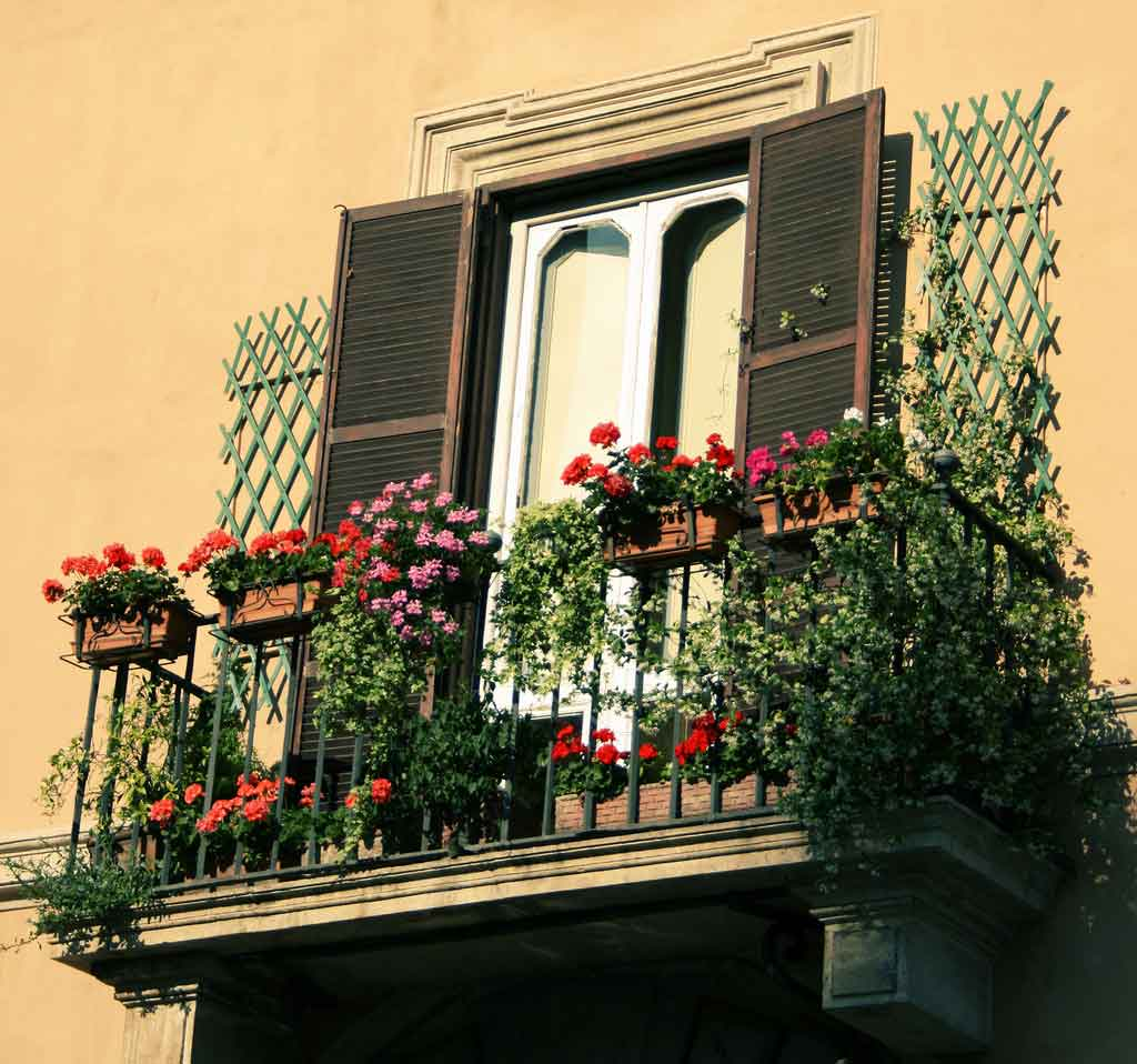 balcony-flower-design